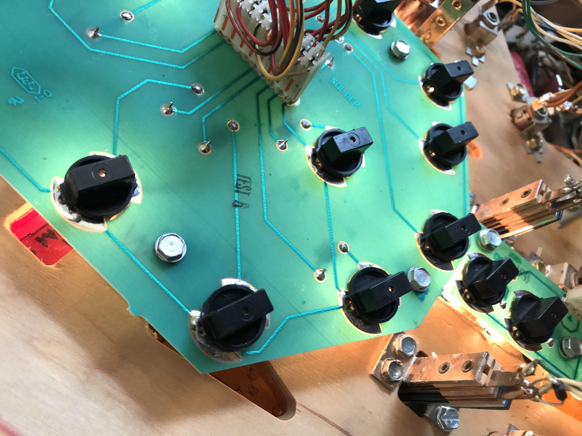 Repair Those Flickering Pinball Lamp Sockets Maintenance Tools Fixture Circuit Board Containing Lamps