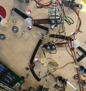 pop bumper wires lamp